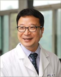 의과대학 학장 박  현